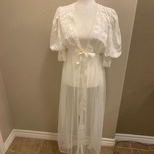NWT! Vintage Tosca Bridal Sheer Lingerie Rob